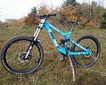 +++ Commencal Supreme DH V3 High End Parts WEIHNACHTSPREIS!! +++