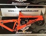 Banshee Rune V2 160mm Modell 2015 - 26″/650B - verschiedene Farben / Dämpfer - www.komking.de