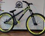 NS Bikes Decade mit Rock Shox Argyle Coil Custom-Aufbau *NEU* Dirt/Street