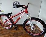 Dartmoor 26 Player Custom Bike mit Rock Shox Argyle RCT