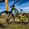 YT Industries Tues CF Comp (M) Fallout Yellow