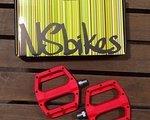 NS bikes Aerial Industrie Pedale 2012 NEU