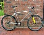 Custombike 20 Jahre altes Bike im Neuzustand zu verkaufen. Komplett XT  Rock Shox Judy SL Flite