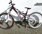 YT Industries Play Slopestyle