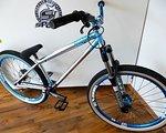 "NS Bikes Suburban Dirt Jump / Street Bike mit Rock Shox Argyle - Spank 26"""