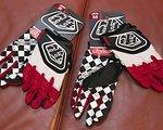 Troy Lee Designs GP Gloves rot/schwarz/weiß *NEU*