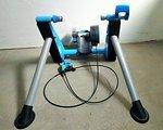 Tacx Blue Matic T2650 Rollentrainer inkl. Reifen & Vorderradstütze
