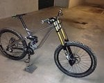 Commencal Supreme DH V3 ready to Race large L