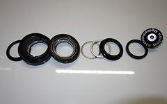Works Components Winkelsteuersatz 1.5 Grad EC44 - ZS44 - Angle Headset (Semi-Integrated type) - für Steuerrohr: 130-136mm. Für 1 1/8 Steuerrohr. Ggf. mit neuen Lagern