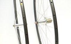Xentis Laufradsatz 700c Xentis 2.5 CCL + Extralite Cyberhubs Rd 20/24° MY2015 CX-Ray silber