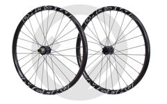 """Mcfk Carbon Laufräder 29"""" - Neu und von Hand eingespeicht."""