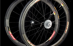 Zipp Speed Weaponry Carbonfelgen 40 mm