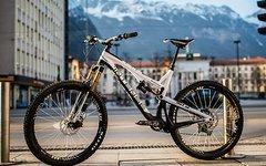 Intense Tracer 27.5 Carbon Palmer Limited Edition Vorführrad (UVP 9298€) über 40% reduziert