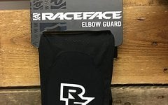 """Race Face """"Charge"""" Elbow Guard Gr. M"""