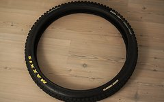 """Maxxis Minion DHF SuperTacky Dual Ply Casing 26x2.5"""" Drahtreifen !!!"""