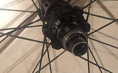 SRAM ROAM 40 Laufradsatz XD Freilauf LRS
