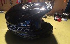 Downhill Komplettset Bergamont Straitline - Fox Jacke - Oneal Helm