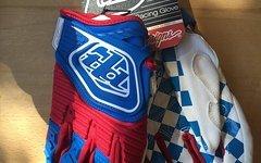 Troy Lee Designs GP Glove Blue/Red Gr. XL NEU