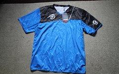 Jett kurzarm Jersey / Trikot MTB Downhill Freeride Enduro Bike Progressive NEU mit Etikett, schwarz/blau in der Größe L
