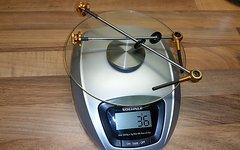 Tune Schnellspanner MTB in Gold 36 Gramm Top