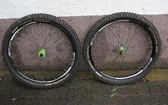 Hope Tech Enduro Laufradsatz 27.5 + Schwalbe Magic Mary