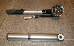 Topeak Pumpen-Duo, 1x Topeak Pocket Rocket für Federgabeln und Dämpfer, 1x Micro Pumpe