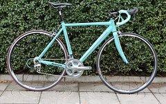 Bianchi Custom Rennrad in der Farbe Celeste