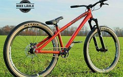 Dartmoor Two6 Player schwarz matt Custom Dirt / Street Pumptrack-Bike Rock Shox Pike DJ, Spank Spike 33,Sram,Chromag,Maxxis