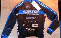 Giant Junior Team Deutschland Wintertrikot Softshell L NEU