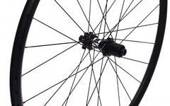 DT Swiss Laufradsatz xm401, DT350,142/15mm, Centerlock, Sram xD od. Shimano Freilauf, 650b, 1595g, wie NEU!