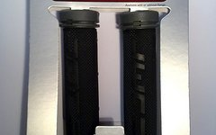 Dmr Bikes ZipGrip Griffe mit schraubbaren Endstopfen grau / schwarz
