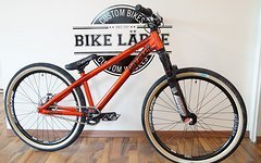 "Dartmoor 26"" Player red devil Custom Dirt/Street Bike Rock Shox Pike DJ,HOPE,Spank,Shimano,Chromag,DMR"