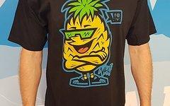 "Neff ""Papapineaplle"" Shirt Gr. L"
