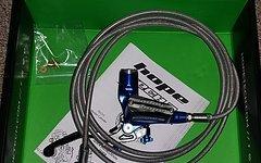 Hope Tech3 E4 Blau Stahlflexleitung