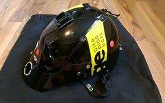 Urge Endur-o-matic Helm MTB enduro Größe S/M schwarz gelb Band