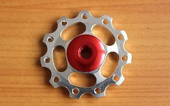 Sars 1 Paar (= 2 Stück) Aluminium Schalträdchen / Schaltwerksröllchen / Pulleys / Jockey Wheels (Silber-Rot) für SRAM und SHIMANO -Schaltwerke (NEU)