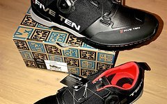 Five Ten Kestrel, Team Black !! NEU + OVP !! 40