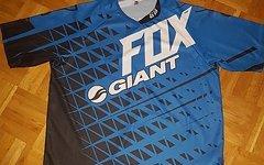 Giant Fox demo shirt XL
