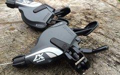 SRAM X7 Schalthebel Set 2x10