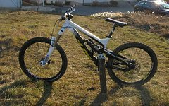 YT Industries Tues Fr 2011