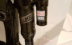Rock Shox Super Deluxe RC3 metric 230x65