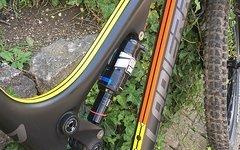 Lapierre Zesty AM 527 Carbon Enduro 27,5 Shimano XT Rock shox Monarch