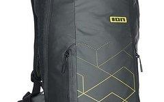 ION Backpack Rampart 8, black, Gr. SM, inkl. Protektorplatte und Raincover
