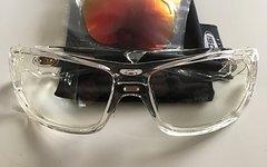 Tifosi Fahrradbrille / Sportbrille / Sonnenbrille klar Klarglas und Wechselgläsern und Tasche.