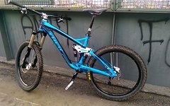 Trek Slash M (18,5) Rock Shox Lyrik RC2DH XT Charger Pro