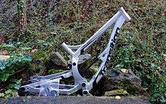 Transition TR450 650b Freeride Downhill Rahmen Größe M inkl. Yuniper Keramik Lager & Steuersatz