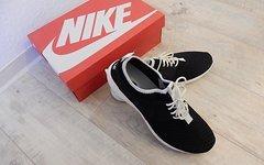 Nike Juvenate Sneaker - NEU mit OVP (die leichteren der Roshe)