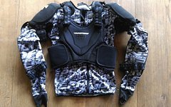 Nukeproof Critical Armour Jacket, Gr. S, neuwertig!