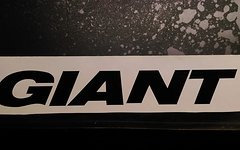 Giant Sticker 320x47mm