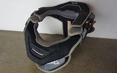 Leatt MOTO GPX Nackenschutz schwarz-grau